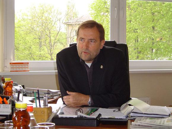 Tarybos opozicija reikalauja Š. Laužiko galvos. (O. Lidžiaus nuotr.)