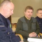 Sprogdinimo darbams vadovaus R. Mačijauskas (kairėje).