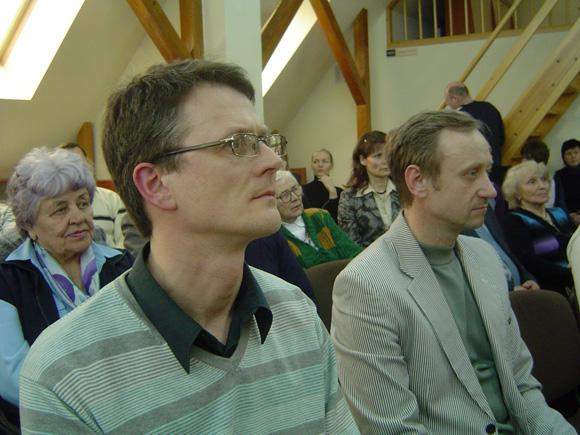 M. Milinis (kairėje) su S. Vaiteliu, vienu iš savo knygos herojų. (O. Lidžiaus nuotr.)