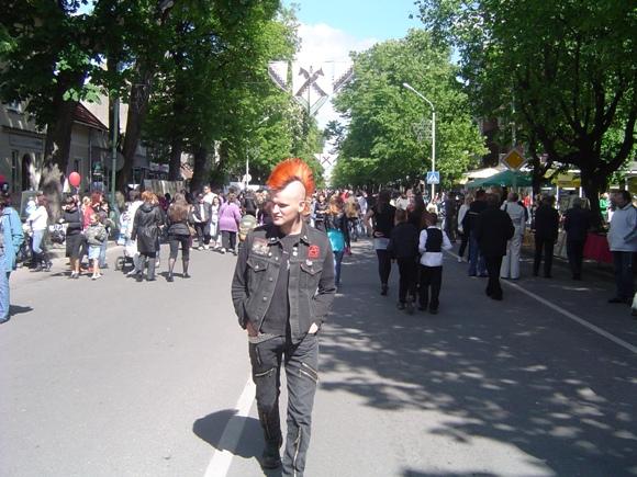 Šeštadienį pagrindinėse miesto gatvėse šeimininkaus pėstieji.