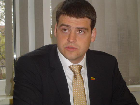 R. Žemaitaitis ruošiasi Rusnėje auginti danielius. (silutesetazinios.lt archyvo nuotr.)