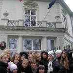 """""""Žvaigždūnė"""" Varšuvoje prie LR ambasados"""