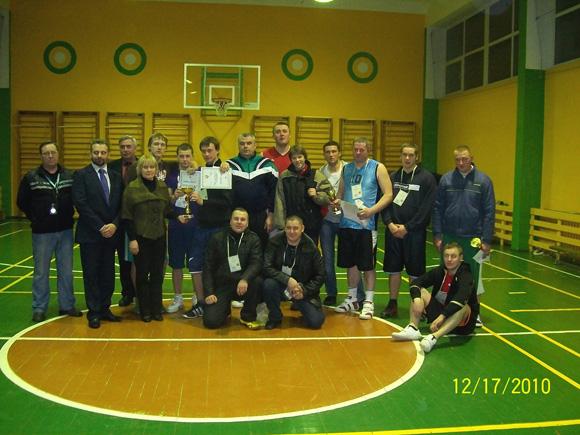 Turnyro laimėtojai. (Juknaičių mokyklos nuotr.)