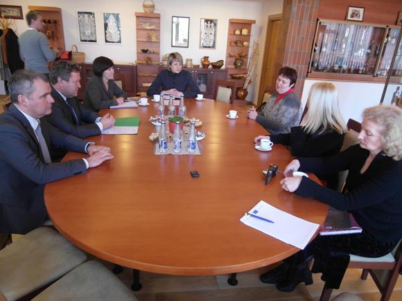 Pasitarimas dėl respublikinės paveldo mugės Šilutėje. (zum.lt nuotr.)