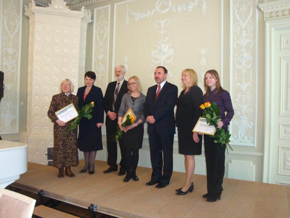 Kultūros darbuotojus pasveikino kultūros ministras Arūnas Gelūnas. (Šilutės bibliotekos nuotr.)