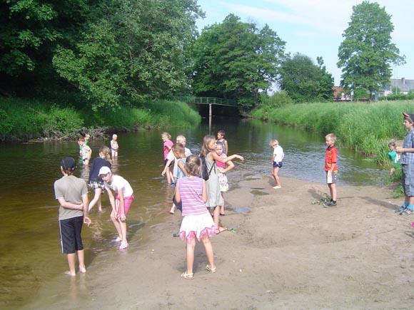 'Vaikų' paplūdimys ties Šilutės miesto darbininkų kvartalu. (Oresto Lidžiaus nuotr.)