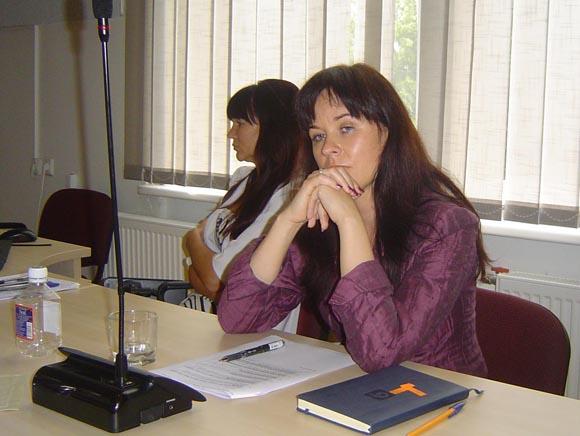 Tarybos opozicija kaltina I. Vasiljevienę ją į direktoriaus pareigas atvedusio S. Stankevičiaus verslo įmonių protegavimu. (Oresto Lidžiaus nuotr.)