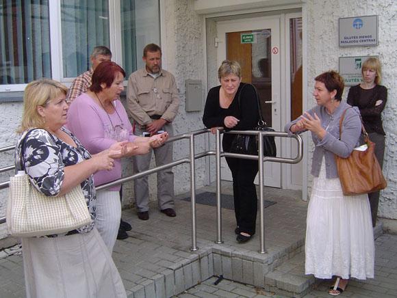 Daugiausia priekaištų dėl O. Klasauskienės veiklos turėjo (iš kairės) S. Maciukevičienė ir B. Obrikienė. (Oresto Lidžiaus nuotr.)