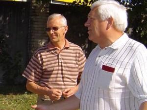 A. Samoška (dešinėje) prieš pat Naujuosius buvo atleistas iš bioetanolio įmonės direktoriaus pareigų. Jo vietą užėmė bendrovės inžinierius B. Degutis (kairėje). (silutesetazinios.lt archyvo nuotr.)