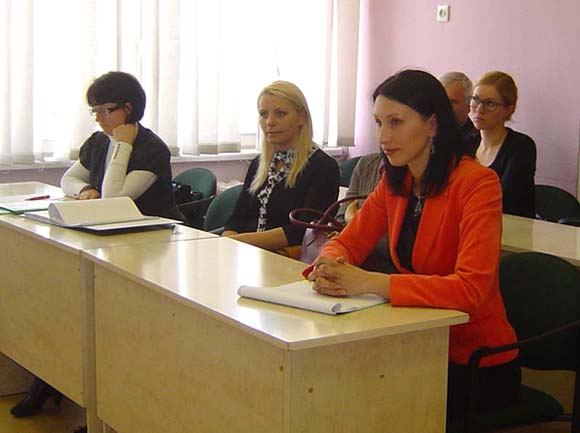 VšĮ 'Pasienio žuvys' direktorė E. Narevičiūtė nesutiko atskleisti visų paramos prašančių pareiškėjų sumanymų. (Oresto Lidžiaus nuotr.)
