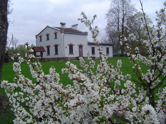 Atkurta 1892-1909 metais M. Jankaus sodyboje veikusi spaustuvė jau seniai traukia besidominčius knygnešystės istorija. (www.silutesetazinios.lt archyvo nuotr.)
