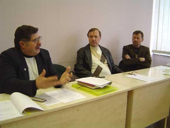 Iš kairės: J. Sauspreškis, A. Vanagas, V. Kainovaitis. (silutesetazinios.lt archyvo nuotr.)