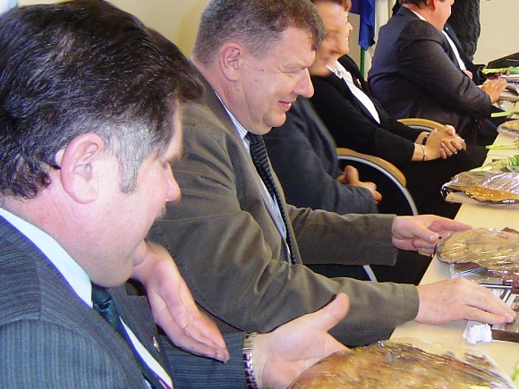 Iš kairės: J. Sauspreškis su A. Čeponiu vėl keičia spalvas - įstojo į Darbo partiją. (silutesetazinios.lt archyvo nuotr.)