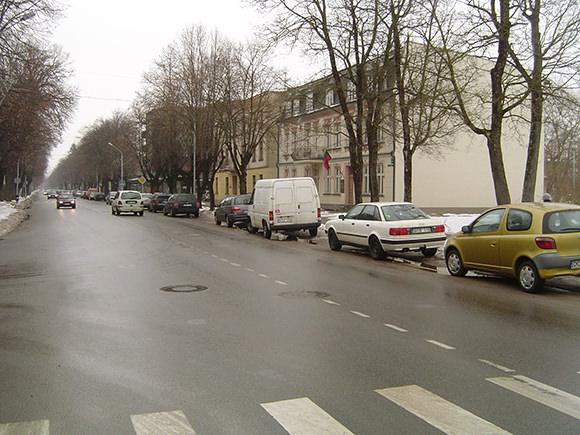 Lietuvininkų gatvė - viena triukšmingiausių Šilutės mieste. (Oresto Lidžiaus nuotr.)