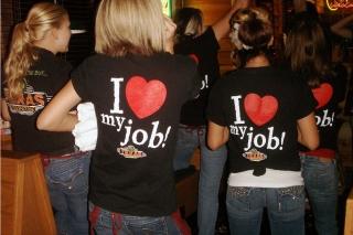 Ne visi emigrantai mėgaujasi savo darbais - kai kurie dirba ten, kur geriausiai moka. (tiesa.com nuotr.)