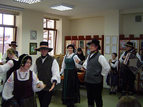 Folkloro ansamblis 'Ramytė'. (silutesetazinios.lt archyvo nuotr.)