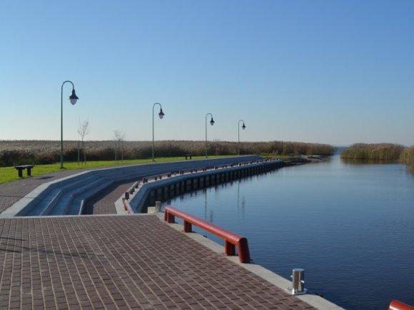Netrukus turėtų prasidėti Kintų prieplaukos įplaukimo ir išplaukimo kanalo valymo darbai. (www.silutesetazinios.lt archyvo nuotr.)
