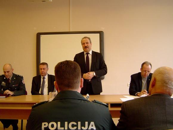 V. Laurinaitis nepagailėjo kritikos opozicionieriams. (Oresto Lidžiaus nuotr.)