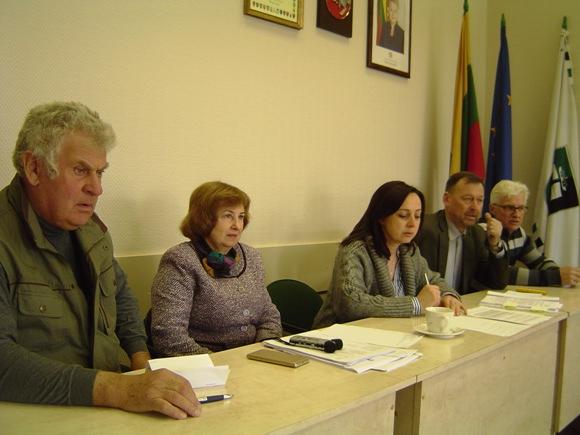 Savivaldybės antikorupcijos komisija aiškinasi, ar Šilutės PSPC skaidriai vykdė viešąjį valymo priemonių pirkimą. (Oresto Lidžiaus nuotr.)