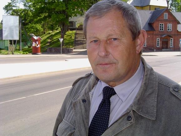 J. Budreckas išleistas į užtarnautą poilsį. (www.silutesetazinios.lt archyvo nuotr.)