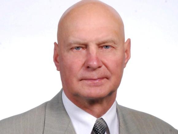 Lietuvos valstiečių ir žaliųjų sąjungos kandidatas į Seimą Šilutės vienmandatėje rinkimų apygardoje Alfredas Stasys Nausėda.
