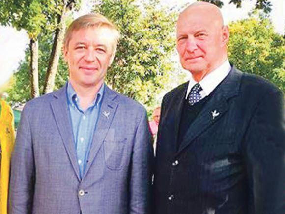 Lietuvos valstiečių ir žaliųjų sąjungos sąraše Alfredo Stasio Nausėdos (dešinėje) numeris - 65.
