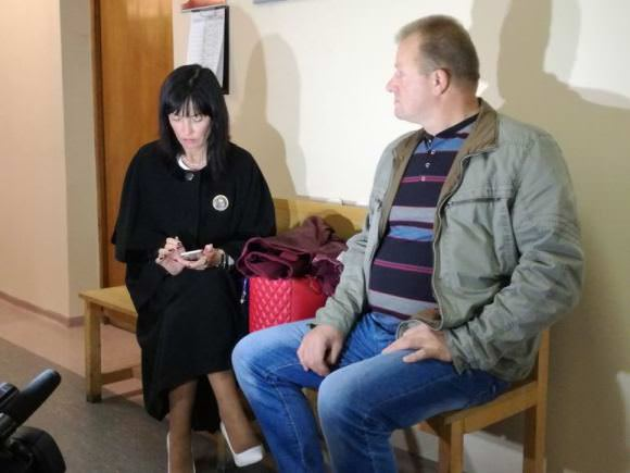 A. Komskis su advokate A. Ručiene. (J. Andriejauskaitės, 15min.lt, nuotr.)