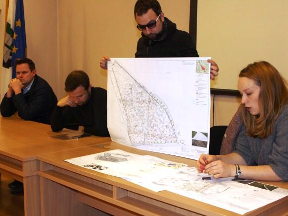 Projekto rengėjams teko atremti galingą nepasitenkinimo bangą. (Oresto Lidžiaus nuotr.)
