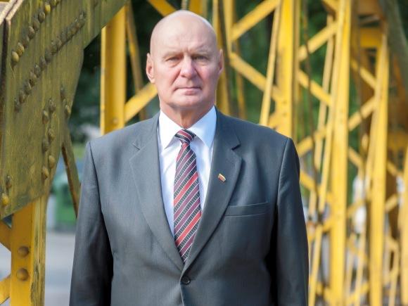Alfredas Stasys Nausėda, kandidatas į Lietuvos Respublikos Seimą nuo Valstiečių ir žaliųjų sąjungos.